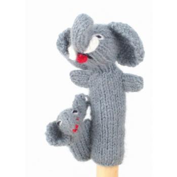 """Marionette tricotée """"'éléphant avec enfant"""""""