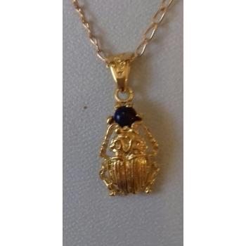 Pendentif scarabée et pierre Lapis Lazuli plaqué or