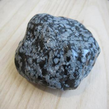 Pierre d'obsidienne neige ou mouchetée