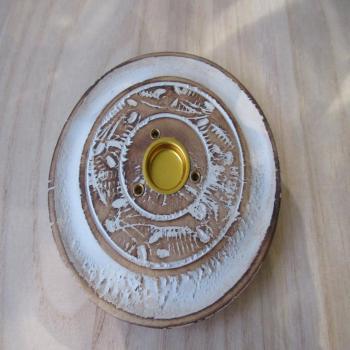 Porte encens rond en bois blanchi