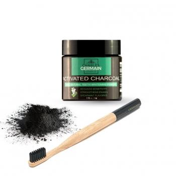 brosse à dents en bambou et poudre au charbon actif blanchissante