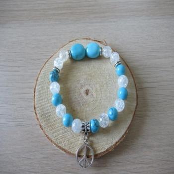 Bracelet en Howlite turquoise et cristal de roche