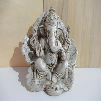 Statuette Ganesh en résine 15cm